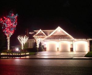 Outdoor Christmas Light Installation in St. Louis